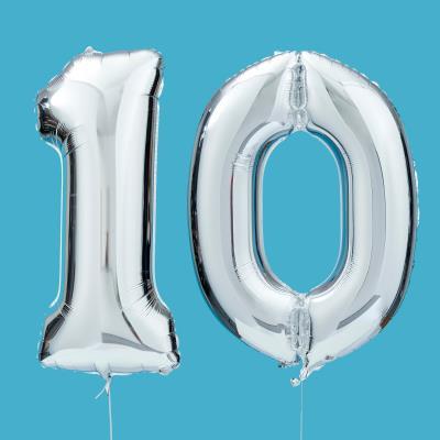 Giant 10 Balloon