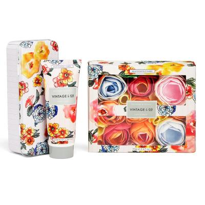 Vintage & Co. Hand Cream and Bath Flowers Gift Set