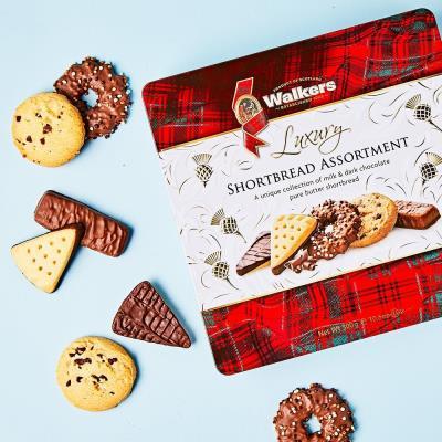 Walkers Chocolate Shortbread Cookies Assortment Gift Tin (300g)