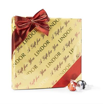 Lindt Lindor Milk Chocolate Gift Box