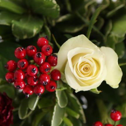 Flowers - Christmas Bouquet - Image 4
