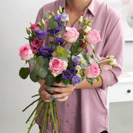 Flowers - The Rose & Lisianthus - Image 4