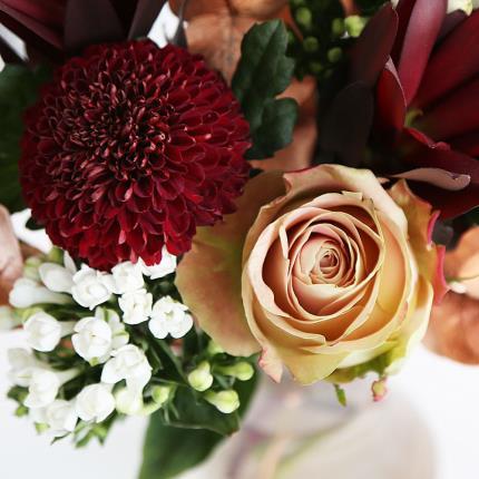 Flowers - December Bouquet - Image 3