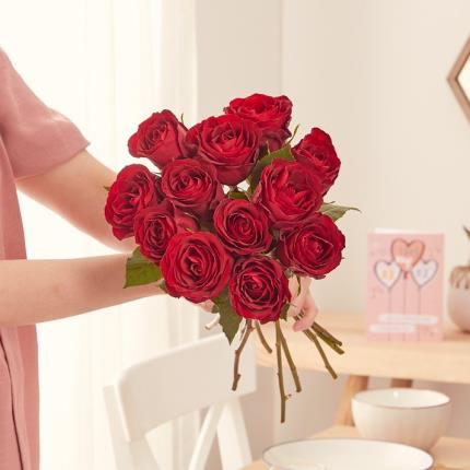 Flowers - The 12 Sweetheart Roses - Image 4