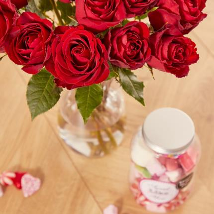 Flowers - The Sweetheart Gift Set - Image 4