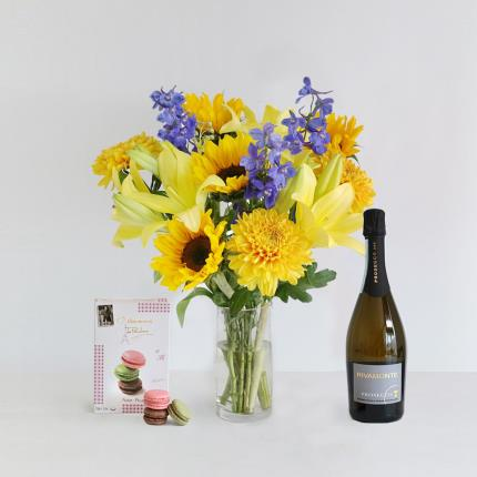 Flowers - The August Bouquet Gift Set - Image 2