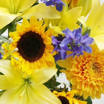 Flowers - The August Bouquet Gift Set - Image 3