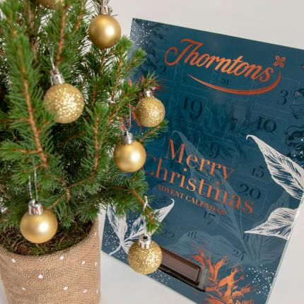Flowers - The Christmas Tree & Advent Gift Set - Image 3