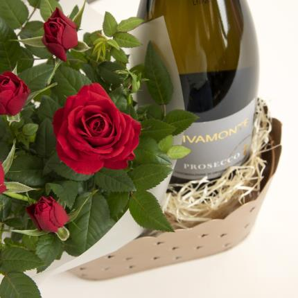 Flowers - The Christmas Prosecco Hamper - Image 3