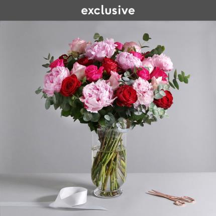 Flowers - The Luxury Rose & Peony - Image 2