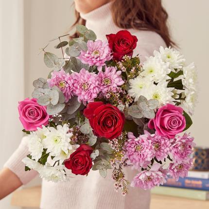 Flowers - The Luxury Romantic - Image 4