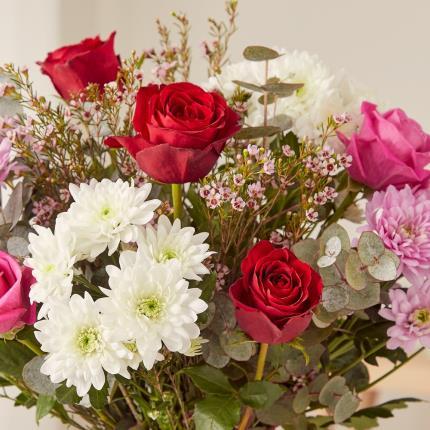 Flowers - The Luxury Romantic - Image 5