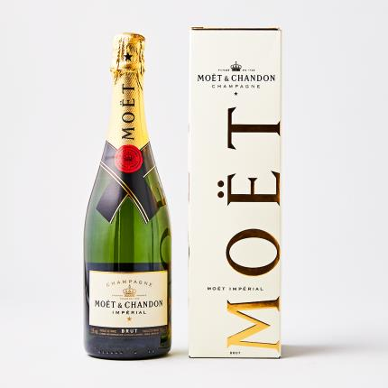 Alcohol Gifts - Moët & Chandon Impérial Gift Box 75cl - Image 1