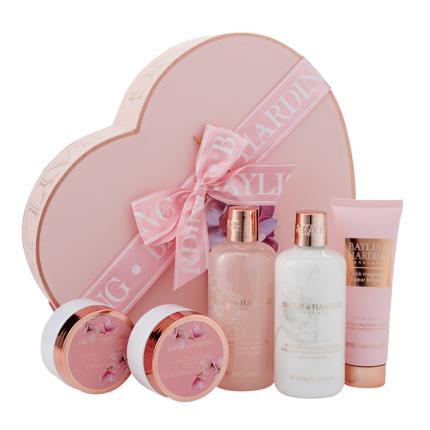 Beauty - Baylis & Harding Pink Magnolia & Pear Blossom Large Heart Set - NEW! - Image 1