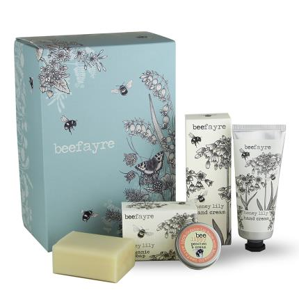 Beauty - Beefayre Honey Lily Pamper Bath Gift Set - Image 1