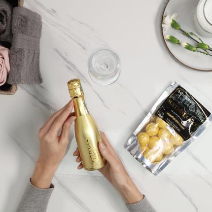 Beauty - Prosecco Bath Bombs & Bottega Gold Prosecco Gift Set - Image 2