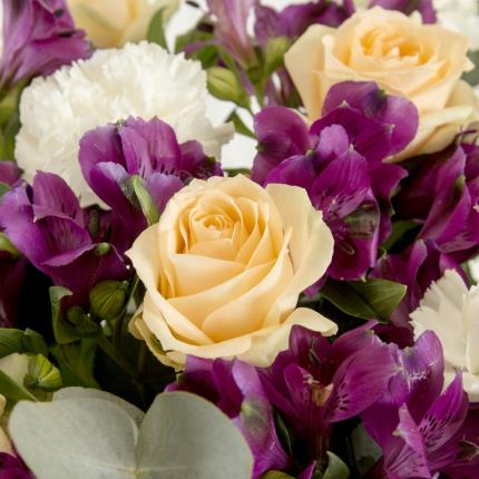 Plants - Fairtrade Alstroemeria and Rose Bouquet - Image 3