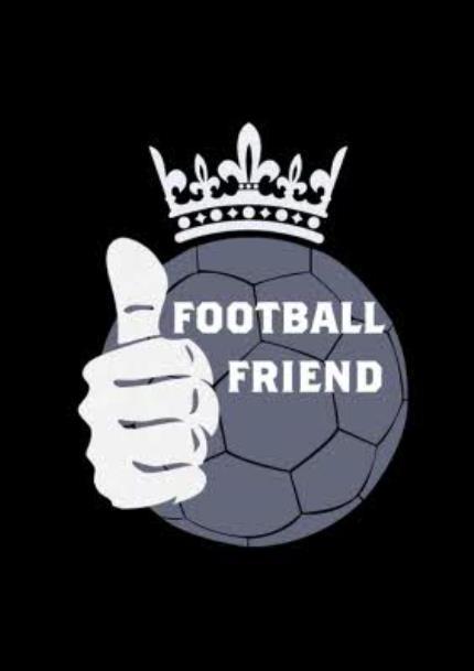T-Shirts - Football Friend Crown T-shirt - Image 4