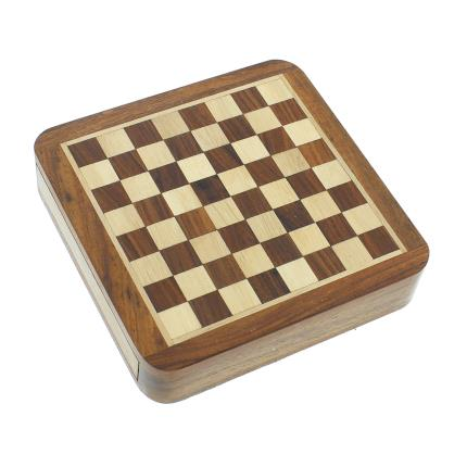Gadgets & Novelties - Magnetic Chess Board - Image 2