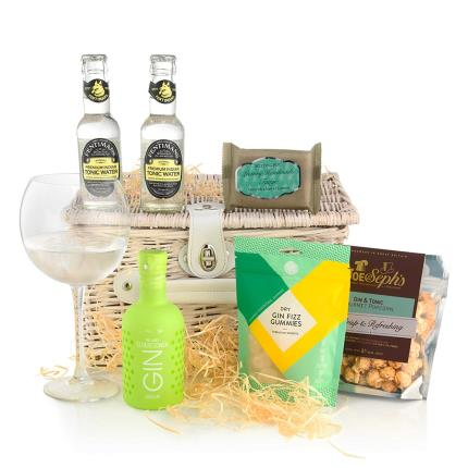 Food Gifts - Gin & Tonic Cocktail Hamper - Image 1