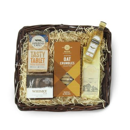 Food Gifts - Whisky Lovers Hamper Tray - Image 1