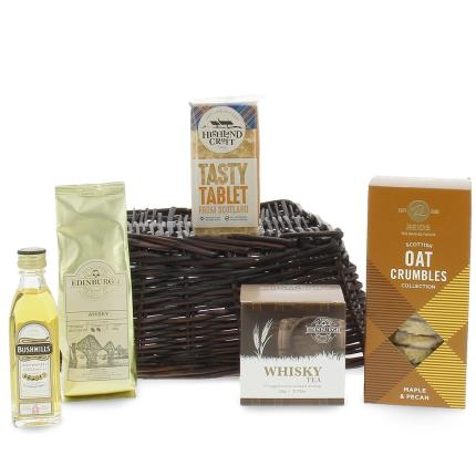 Food Gifts - Whisky Lovers Hamper Tray - Image 2