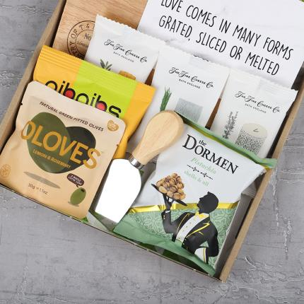 Letterbox Gifts - Cheese Lover Letterbox Gift - Image 2