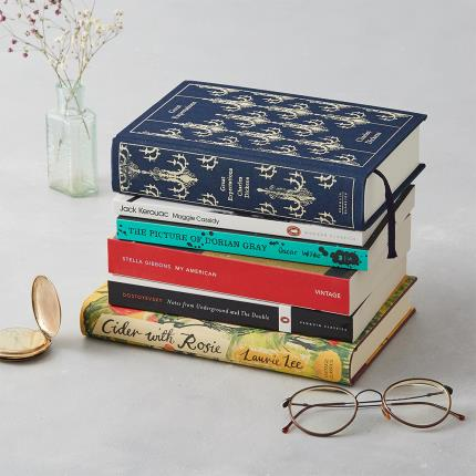 Letterbox Gifts - The Willoughby Book Club 12-Month Book Subscription Gift - Image 2