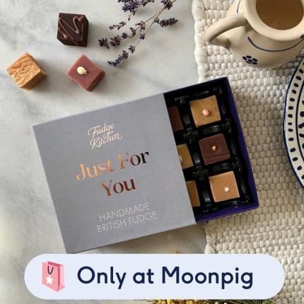 Food Gifts - Fudge Kitchen With Love Miniature Treats Gift Box - Image 1