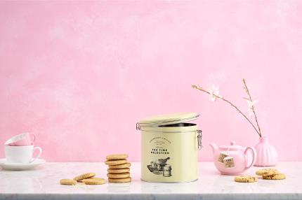Food Gifts - Cartwright & Butler Tea & Biscuits Barrel - Image 2